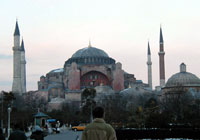 Храм Святой Софии в Стамбуле (фото сайта daryasemyonova.narod.ru)